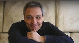 Maurizio de Giovanni incontra i lettori a Sesto S. Giovanni